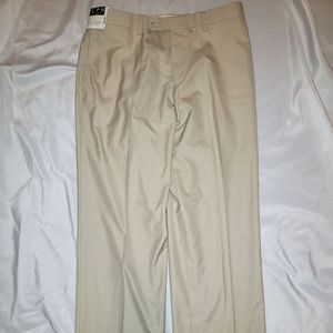 Men's Ralph Lauren Size 32 x 30 Tan Khaki Pants B1
